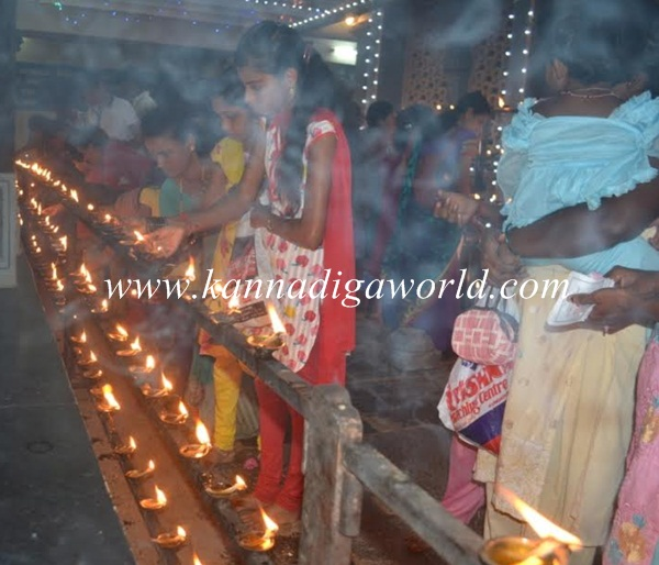 Kundheshwara _Deepotsava_2014 (24)