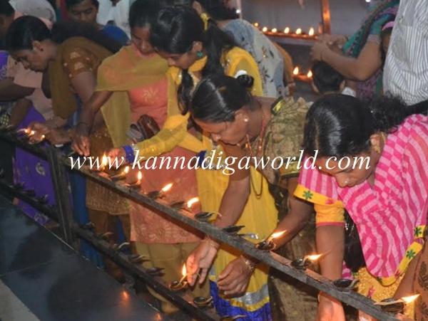 Kundheshwara _Deepotsava_2014 (25)
