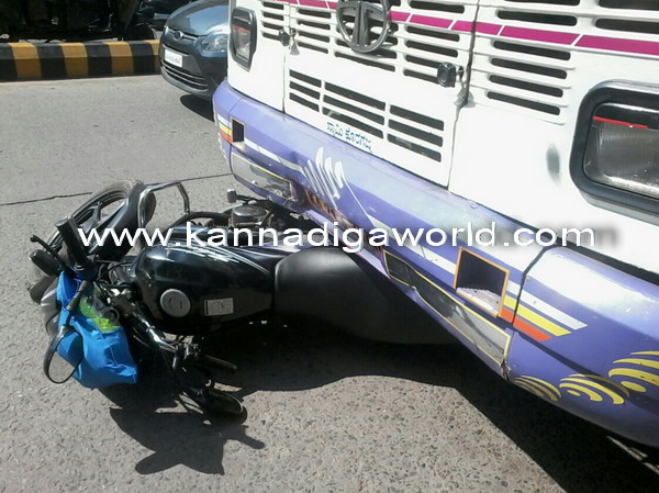 Lalbag_axcident_photo_3