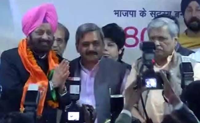 MS_Dhir_joins_BJP_650