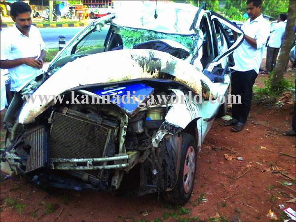Suratkal_accident_car_1