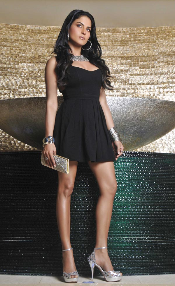 Veena Malik,,