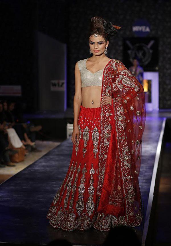 Zarine Khan and Ajaz Khan rocks_Nov 12_2014_006