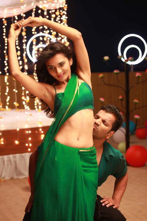 mandya in love