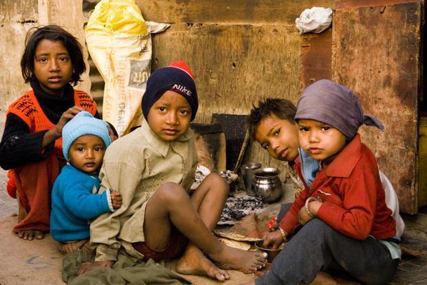 poverty_2-kgHD--621x414@LiveMint
