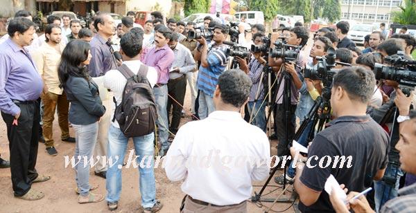 press_meet_mendis_2
