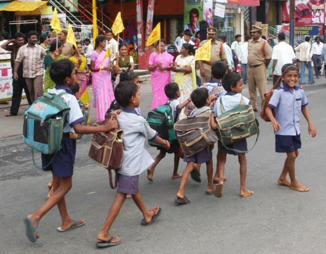 school_bags_2195562f