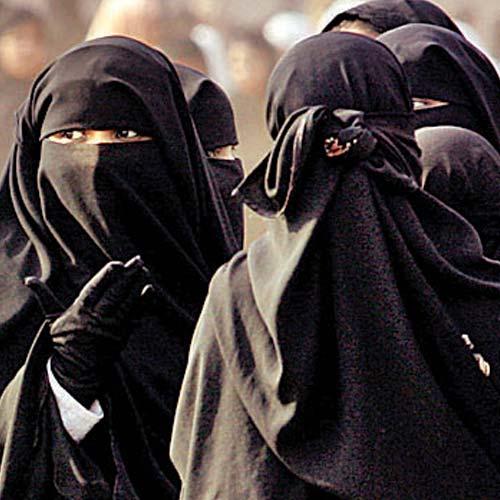 293830-muslim-women-in-burkha