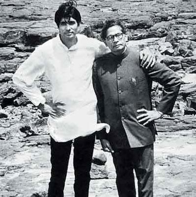 Amitabh-Bachchan-Harivansh-Rai-Bachchan