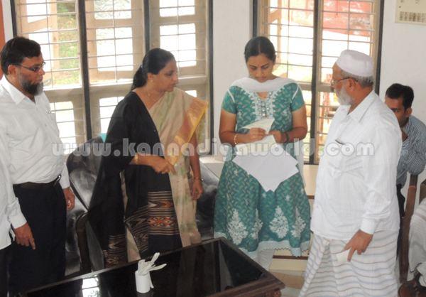 Balkis Banu_visit_Kundapura (2)