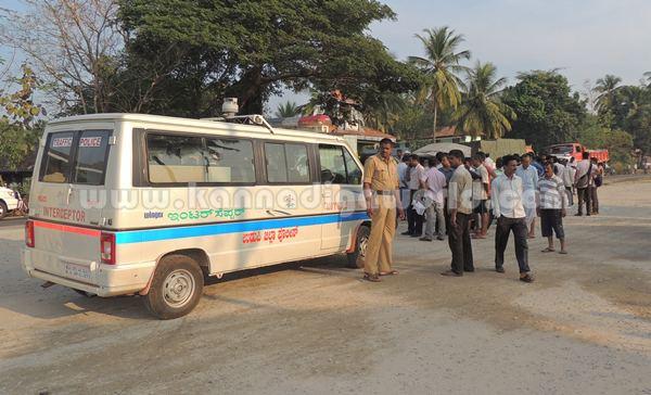 Kumbashi_Bus-pickup_Accident (16)