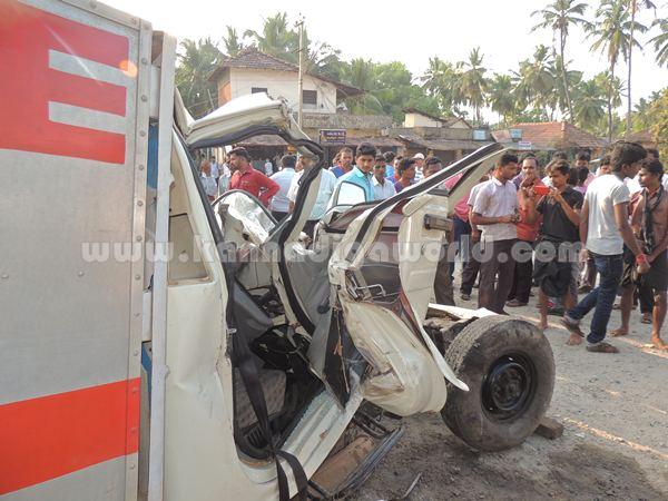 Kumbashi_Bus-pickup_Accident (9)