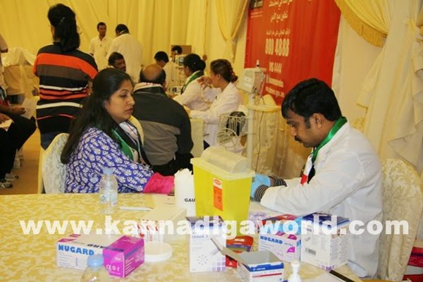 Mogaveers UAE save Life Campaign a Record with Al Ameen Service-Dece11_2014_009