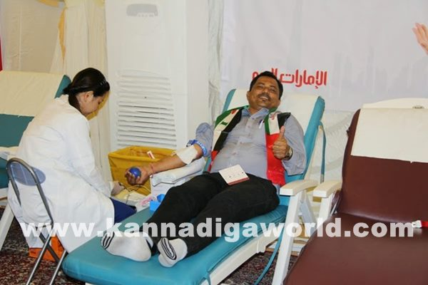 Mogaveers UAE save Life Campaign a Record with Al Ameen Service-Dece11_2014_014