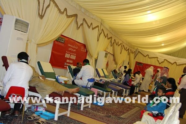 Mogaveers UAE save Life Campaign a Record with Al Ameen Service-Dece11_2014_015