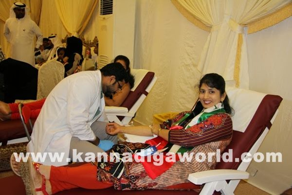 Mogaveers UAE save Life Campaign a Record with Al Ameen Service-Dece11_2014_024