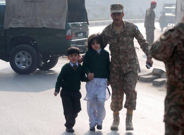 Pak Attack-Dece 16- 2014_004