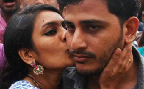 kiss-of-love