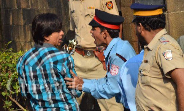 shah-rukh-khan-police