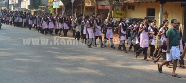 Bhandarkars_College Students_Protest (1)