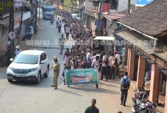 Bhandarkars_College Students_Protest (15)