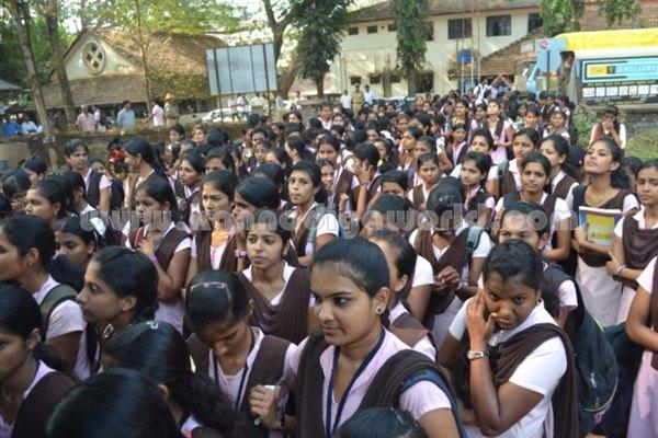 Bhandarkars_College Students_Protest (19)