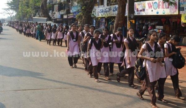Bhandarkars_College Students_Protest (21)