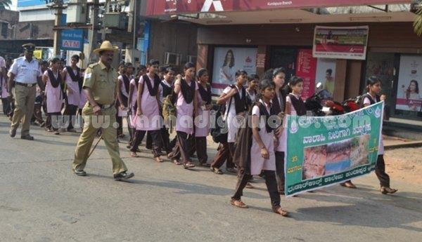 Bhandarkars_College Students_Protest (4)