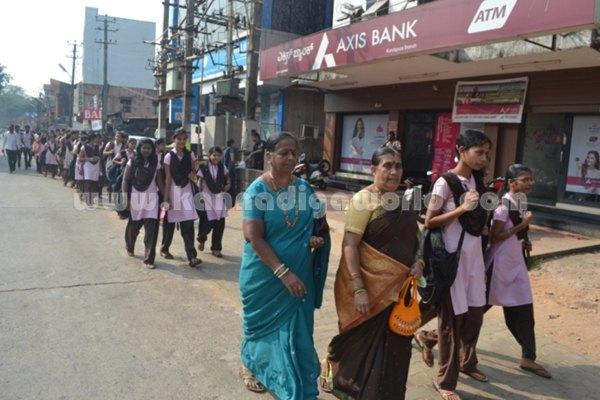 Bhandarkars_College Students_Protest (7)