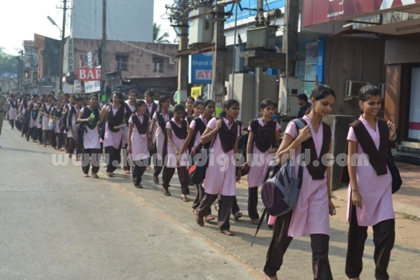 Bhandarkars_College Students_Protest (9)