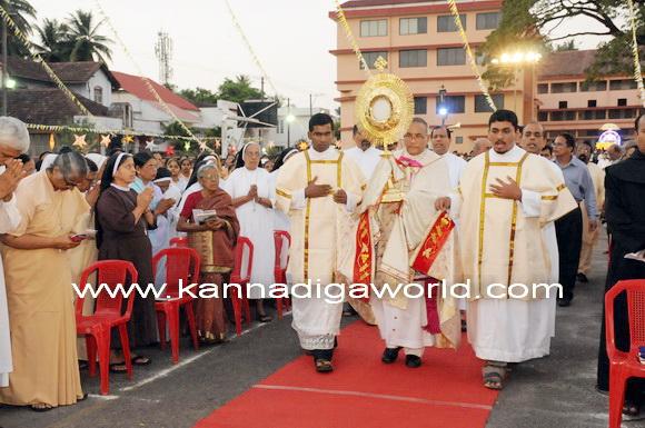 Bishop_news_photo_15