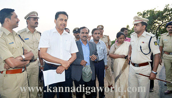 Charmadi_Visit_Officers