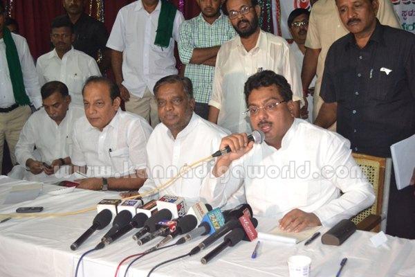 Ministers_Visit_Varahi (22)