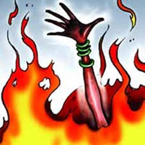 306377-302234-224369-burnt-fire-suicide-ablaze