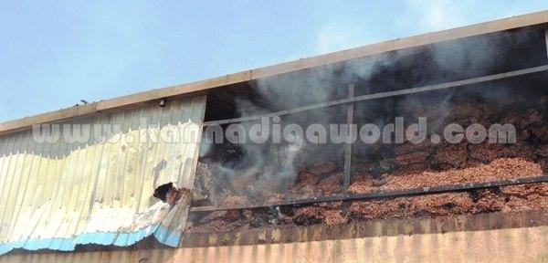 Cassue_Factory_Catches Fire (7)