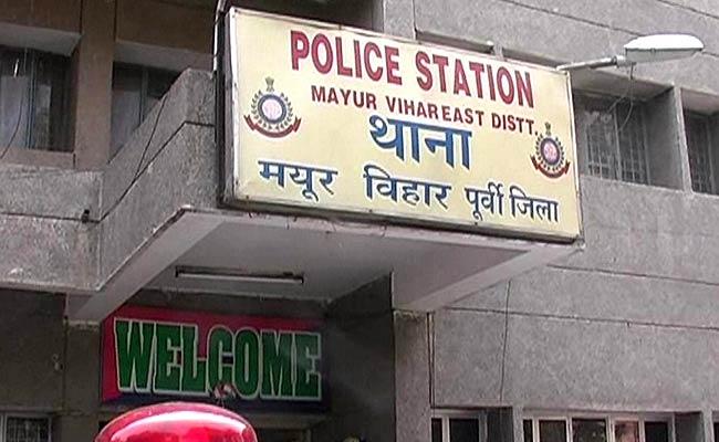 mayur-vihar-police-station_650x400_71424447335