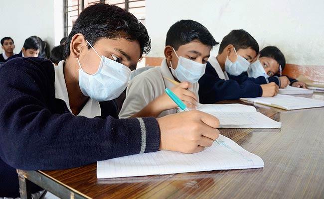 swine-flu-allahabad_650x400_81424353566