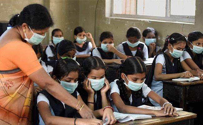 swine-flu-mumbai_650x400_81424453353