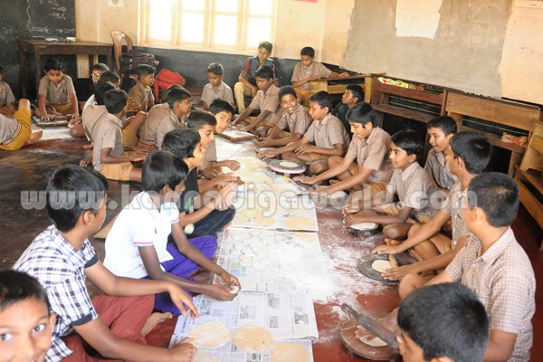 Seva Sangama-School_Students. (1)