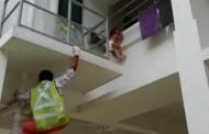 ಸಿಂಗಾಪುರ: ಮಗು ರಕ್ಷಿಸಿದ ಭಾರತೀಯರಿಬ್ಬರಿಗೆ ಪುರಸ್ಕಾರ