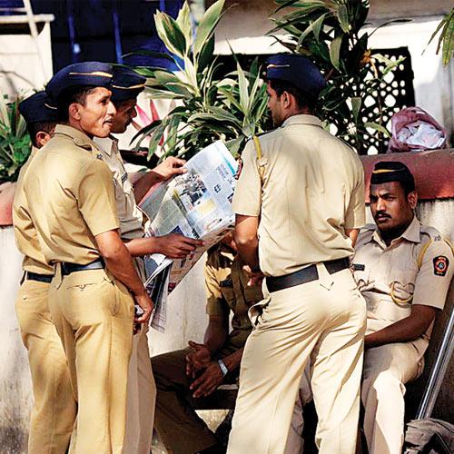 332168-mumbai-police