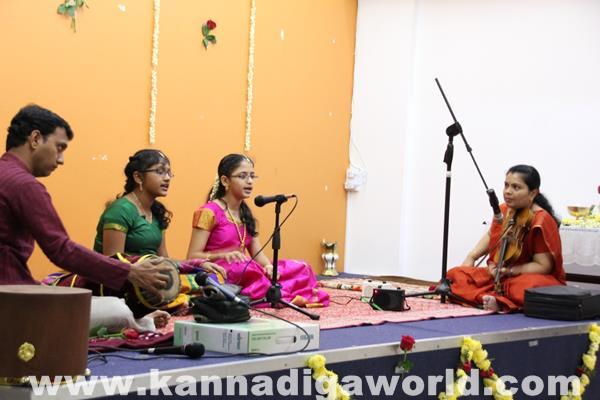Enthralling Carnatic Classical Music Concert in Dubai-Apr 5_2015-004