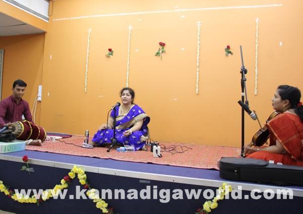 Enthralling Carnatic Classical Music Concert in Dubai-Apr 5_2015-005
