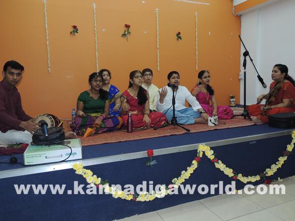 Enthralling Carnatic Classical Music Concert in Dubai-Apr 5_2015-006