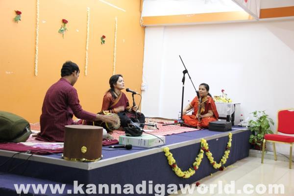Enthralling Carnatic Classical Music Concert in Dubai-Apr 5_2015-007