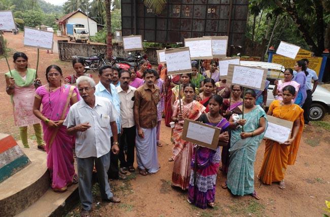 Hallihole_akrama Sarayi Protest (2)