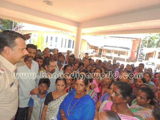 Ladies_ Protest_ Gopadi case (15)