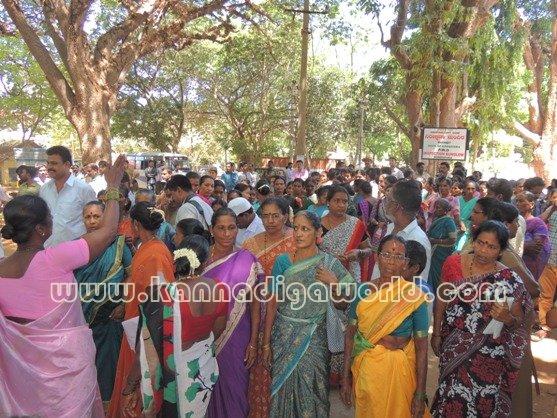 Ladies_ Protest_ Gopadi case (18)