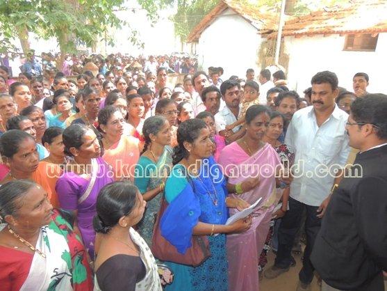 Ladies_ Protest_ Gopadi case (19)