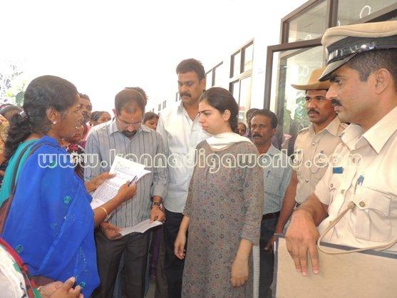 Ladies_ Protest_ Gopadi case (6)